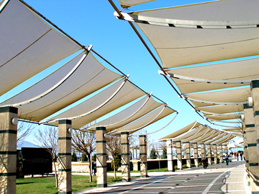 Fabricant voile ombrage toile for Voilage exterieur pour terrasse